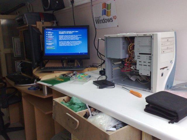 atelier d pannage informatique mobile hectech r paration ordinateur pc portable h rault b ziers. Black Bedroom Furniture Sets. Home Design Ideas